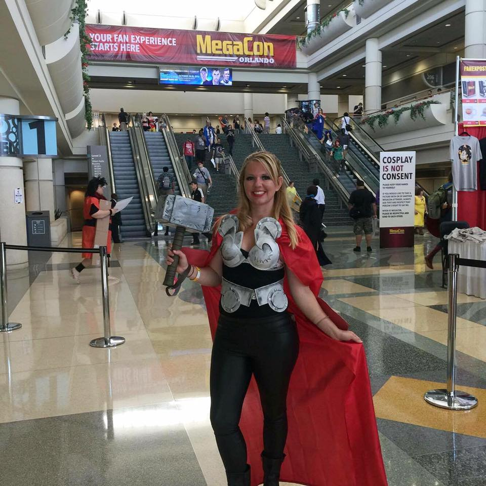 female thor cosplay-my first convention