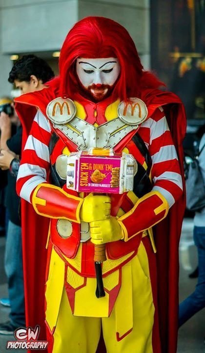mcthor-cosplay-and-coffee