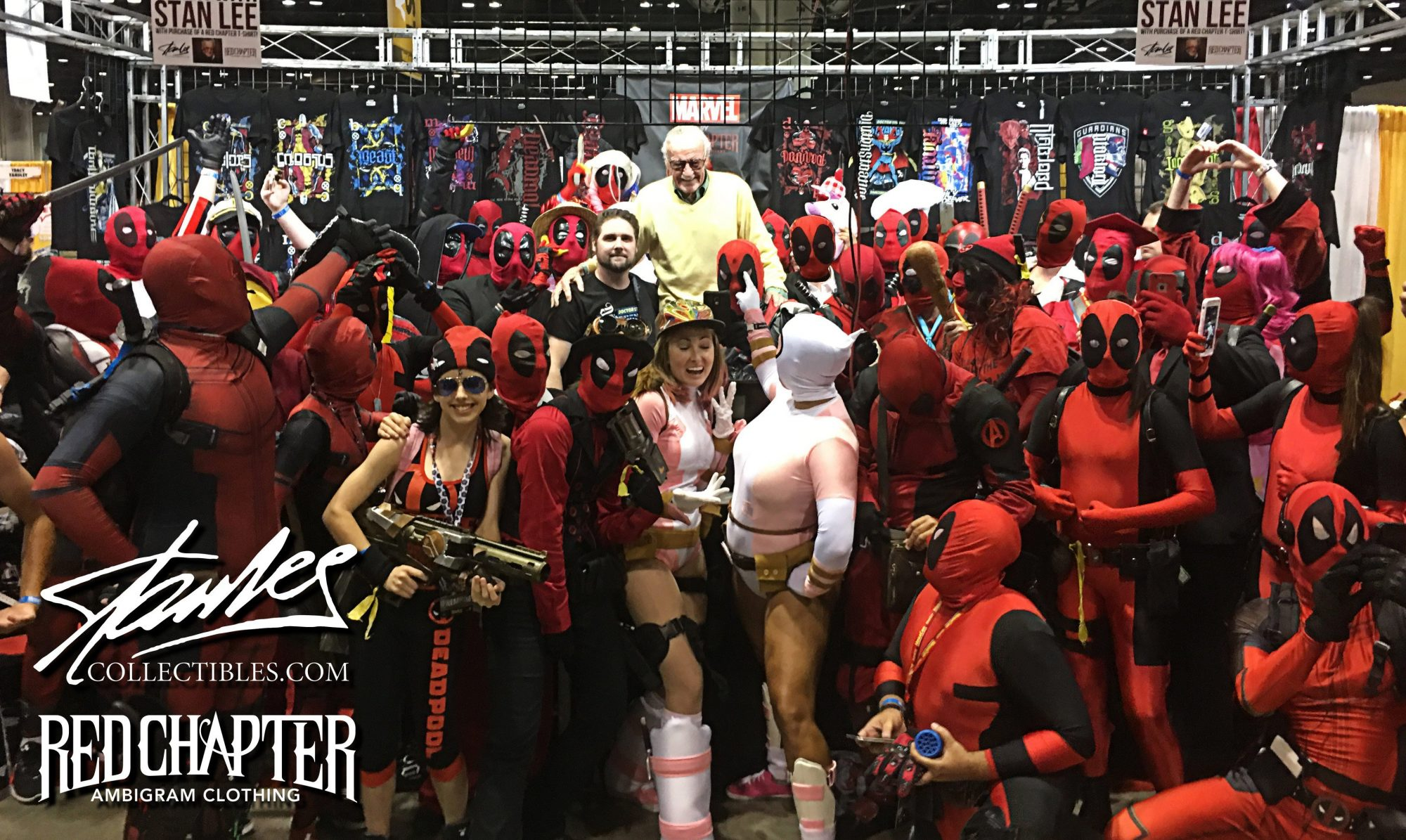 Stan Lee Surprises Deadpool Cosplayers With A Special Photo Op